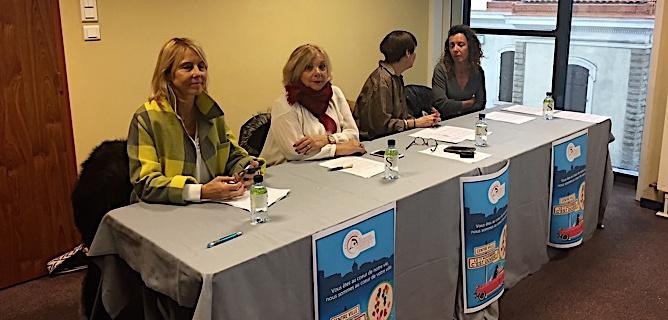 Marina Fondacci entourée des membres de l'association