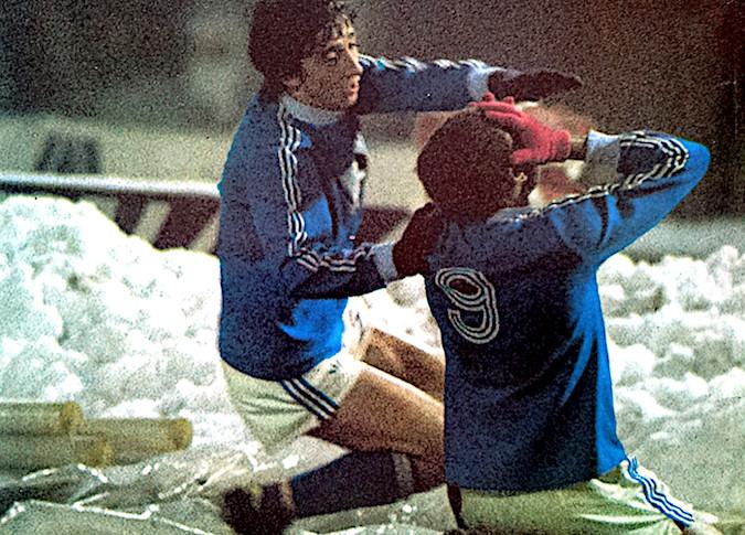 Krimau et ses gants rouges dans la neige de Turin : Un grand bonheur partagé par Jean-Marie De Zerbi (The Vintage Football Club - blogger)