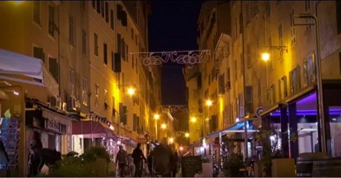 """Ajaccio :: le """"U Ttroppu stropia"""" des commerçants du centre-ville"""