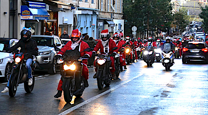 A Bastia avant Ajaccio  : Les Pères Noël en moto…