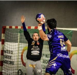 Un grand Marc-Antoine Coggia dans les cages ajacciennes qui a su rester à sa place malgré le niveau de l'adversaire.