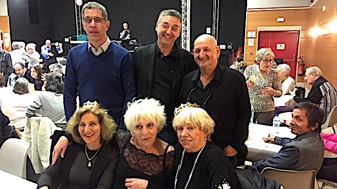 Pierre Savelli, Serge Linale (adjoint délégué à la cohésion sociale) et J.-J. Dussol ont fêté les rois avec les anciens