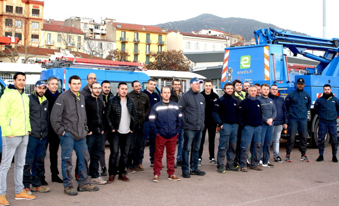 20 agents d'ENEDIS venus du continent et des groupes électrogènes sont arrivés jeudi matin à Ajaccio