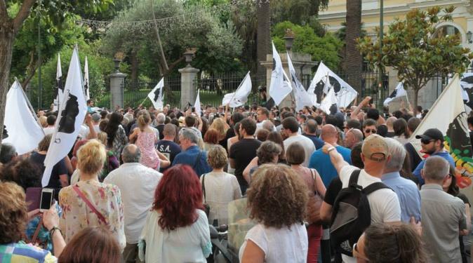 Corse :  La parole à la rue
