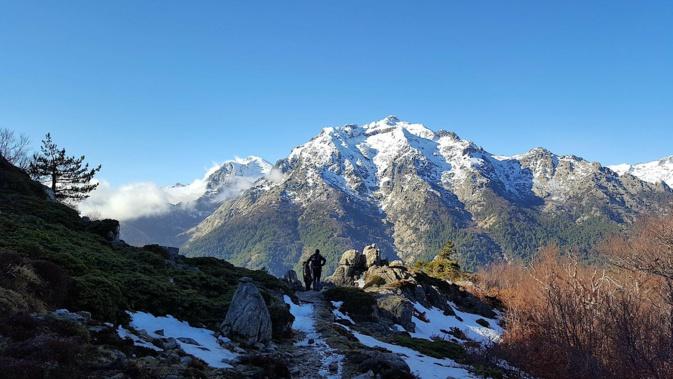 La photo du jour : Le Monte d'Oru en pleine lumière…