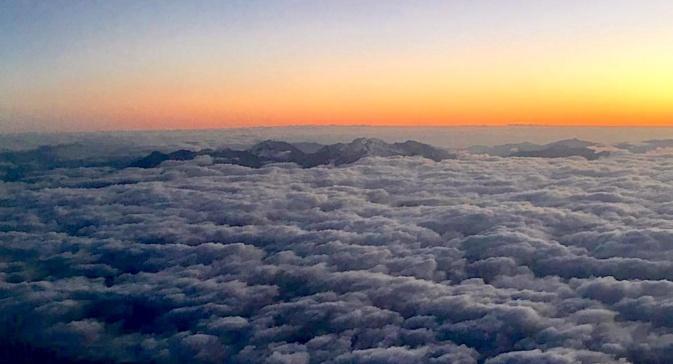 La photo du jour : Au-dessus des nuages, le toit de la Corse