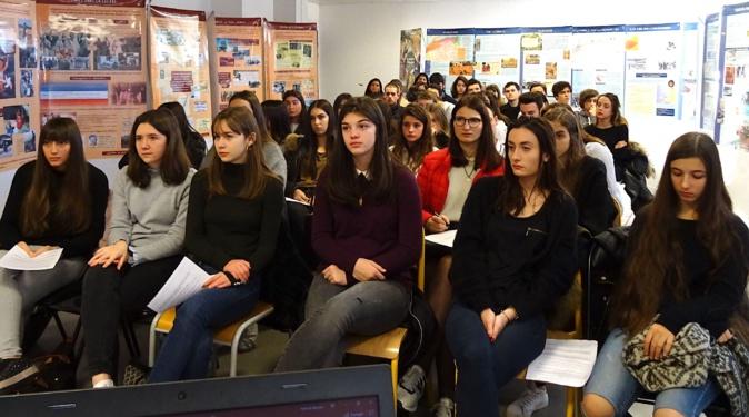 Lycée de Balagne : La guerre d'Algérie racontée aux élèves de première…