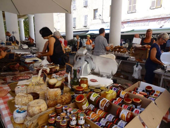 Le marché aux 21 colonnes de L'Ile-Rousse sélectionné pour le concours national de TF1