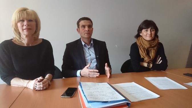Jean-Martin Mondoloni a présenté le projet d'article de son groupe, ce mercredi lors d'un point presse.