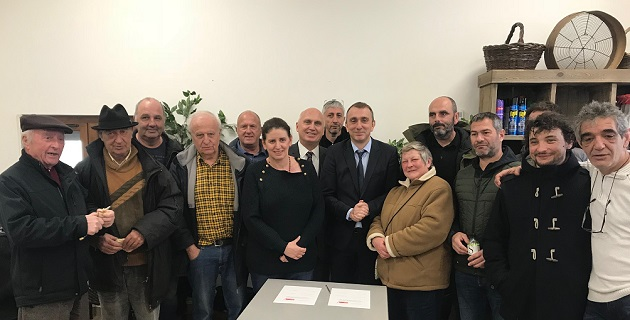 Felicia Francisci Maire de Ciamanacce et Jean-Christophe Angelini  président de l'OFC au moment de la signature