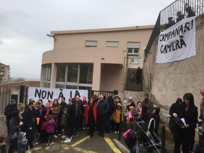 Bastia :  L'école Campanari bloquée par les parents d'élèves