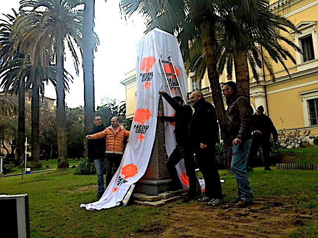 """Le Collectif « Parlemu Corsu » dans les jardins de la préfecture à Ajaccio :  """"On ne reculera pas !"""""""