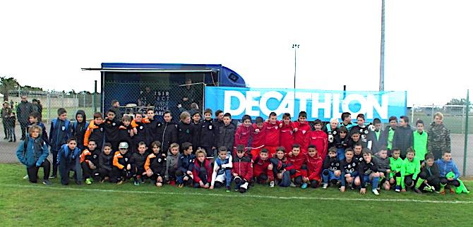"""Au stade Tamburini, Dimanche à Biguglia, ils étaient plus de 200 pour le """"Festival U11"""""""