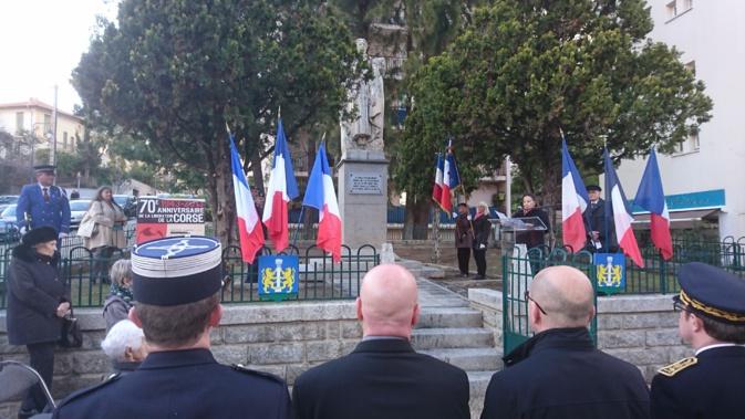 L'hommage s'est déroulé devant le monument érigé en hommage à Fred Scamaroni, sur le boulevard qui porte son nom à Ajaccio.