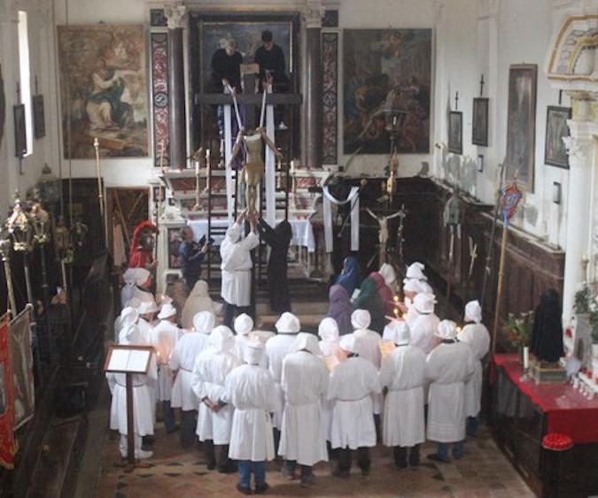 """""""A Schjudazione""""  à la Casazza San Carlu Borromei di Monticellu  le Vendredi Saint"""