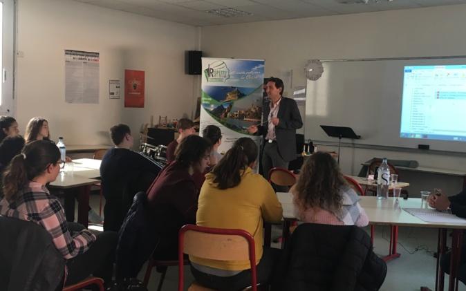 Porticcio: Forum des métiers au collège de Porticcio
