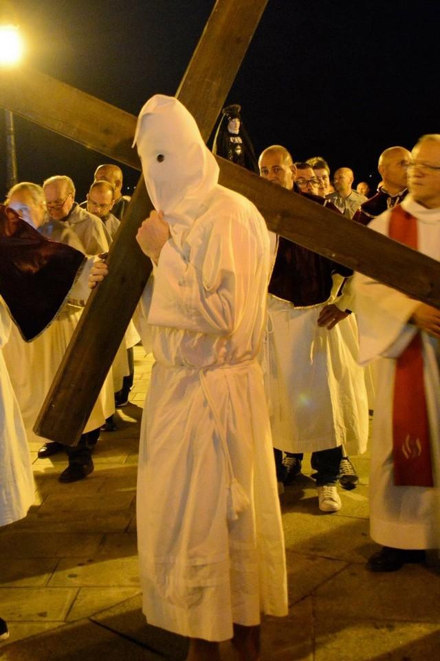 Venneri Santu : Confession d'un pénitent