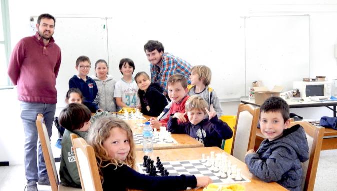 Sainte-Lucie de Porto-Vecchio : Les Echecs à A Scola di Zia Peppa