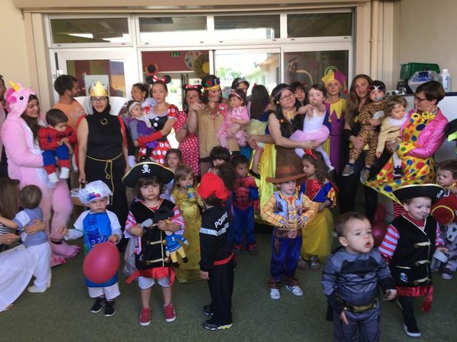 La fête à la crèche halte-garderie de Calvi