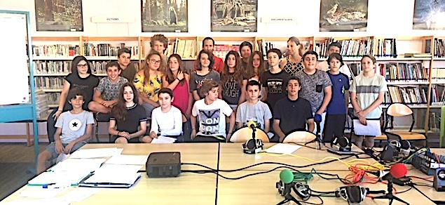 Education : Le collège Arthur-Giovoni flirte avec les ondes