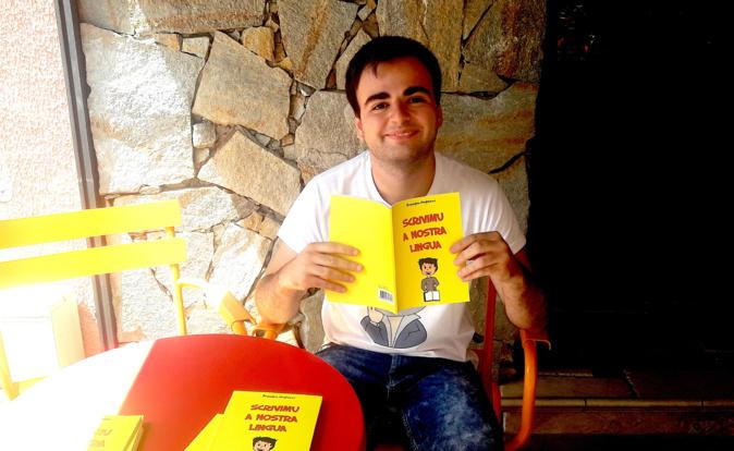 «Scrivimu a nostra lingua»: Un librettu per l'amparera ludica di u corsu