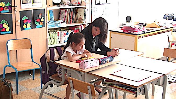 Julie Benetti in situ à l'école Calloni à Bastia
