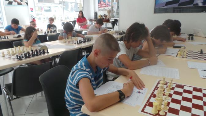 """Bastia : """"Scacchi è lingua Corsa"""" stage d'été bilingue à la maison des échecs"""