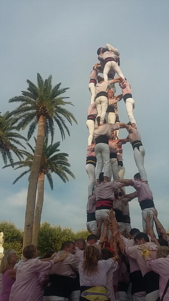 Des pyramides humaines sur la place Paoli de Lisula