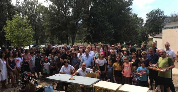 La famille Gilormini réunie à la maison des vins à Patrimoniu.