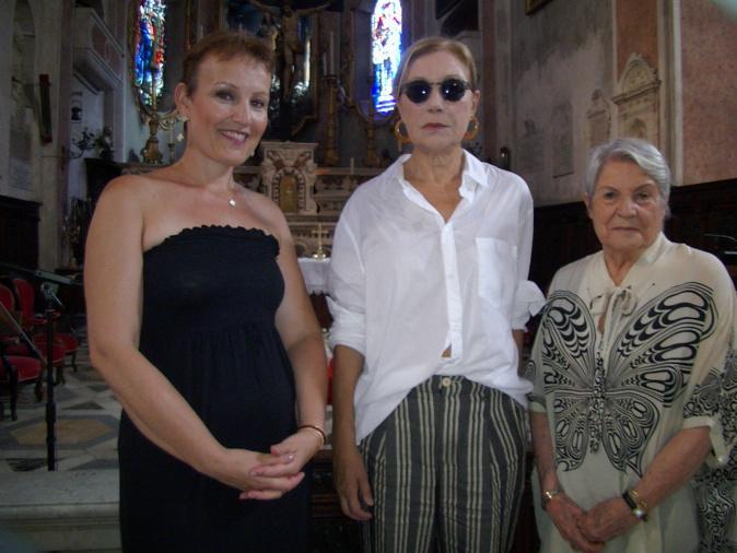 Michelle Canniccioni, soprano, Marianne Acquaviva et Andrée Mattei,  vice-présidentes de La Marie-Do vous attendent samedi pour un fabuleux concert lyrique