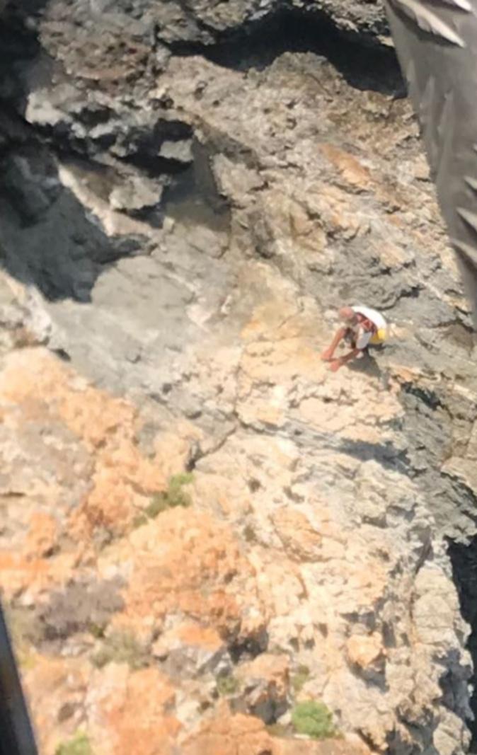 Galeria : L'octogénaire retrouvé vivant a été hélitreuillé et évacué vers le CH de Calvi