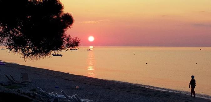 La photo du jour : Au petit matin sur la plage Vignale de Ghisonaccia