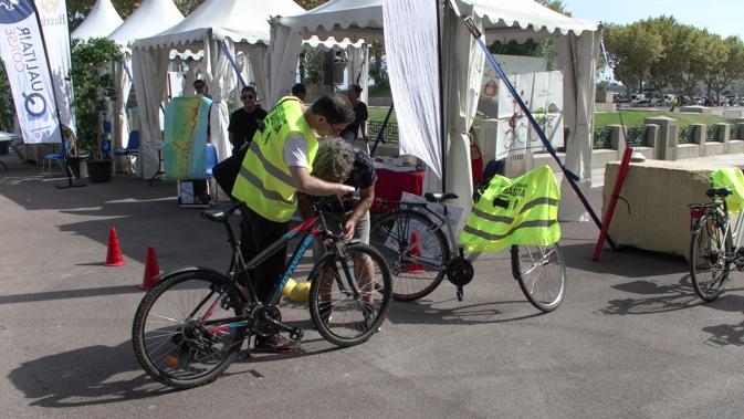 Depuis quelques jours, l'école-vélo urbaine est en ... selle !