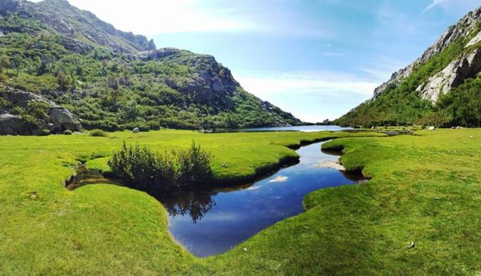 La photo du jour : Superbe lac de Vitalaca