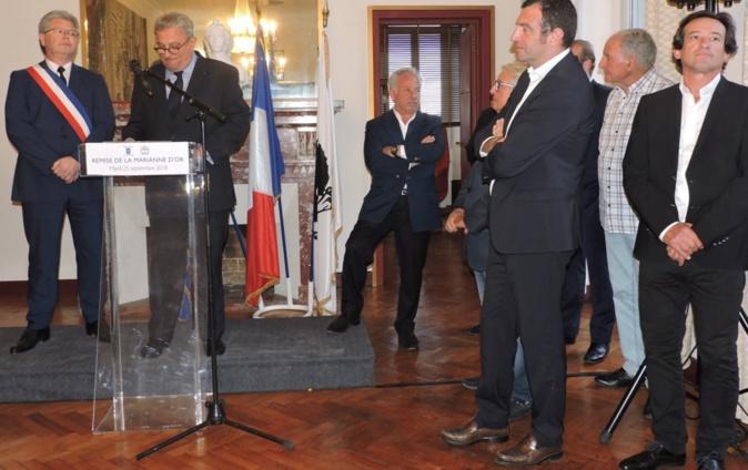 Porto-Vecchio : La Marianne d'or à Georges Mela