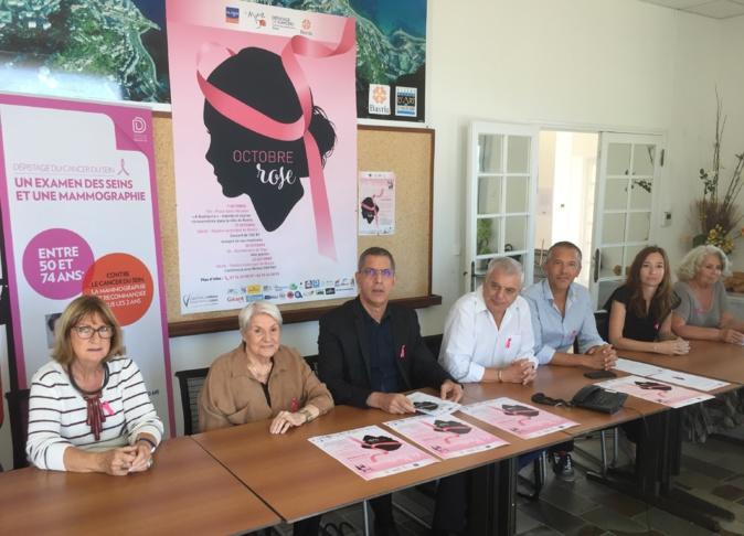 Regroupés par la mairie de Bastia, les différents partenaires d'Octobre rose ont présenté les animations