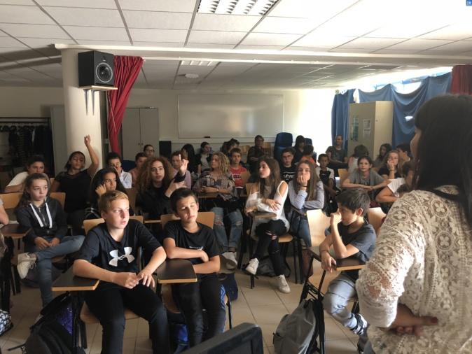 """La 1ère """"journée du droit au collège"""" pour les collégiens de Lisula"""