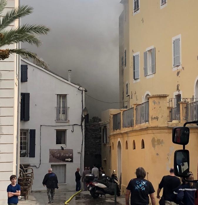 Incendie d'Erbalonga : Un appartement de 150 m2 détruit au cœur du village