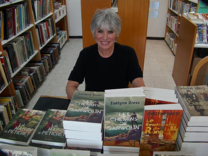 Evelyne Dress a rencontré son public également à la bibliothèque centrale de Bastia