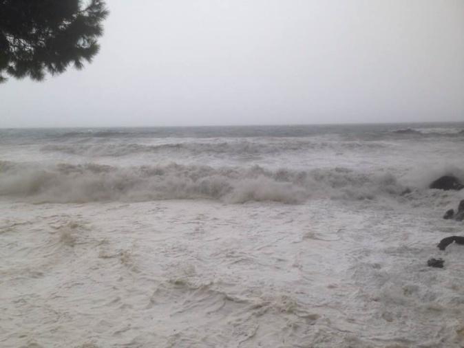 La tempête Adrian sur la Corse : Les images et les vidéos des internautes