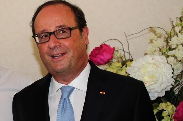 François Hollande dédicacera son livre à la librairie Ambrogi de Lisula