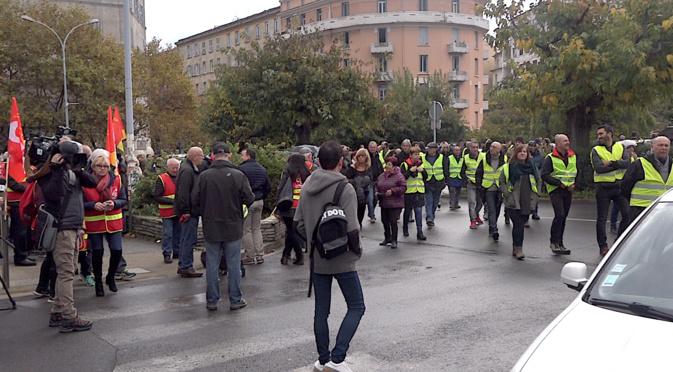 """CGT et """"Gilets jaunes"""" à Bastia : Chacun de son côté"""