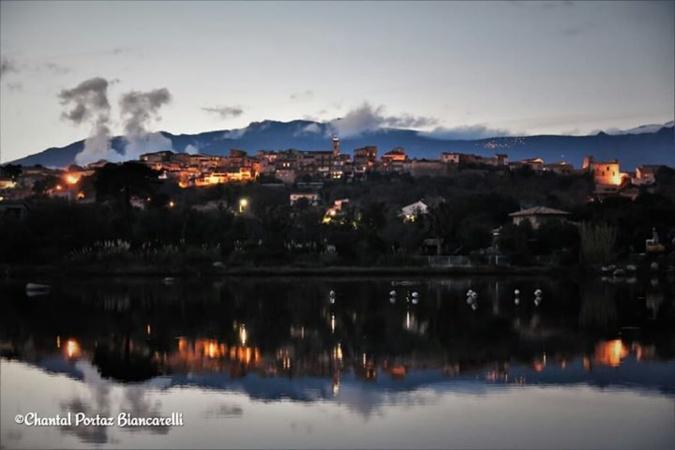 La photo du jour : Porto-Vecchio vu des marais salants