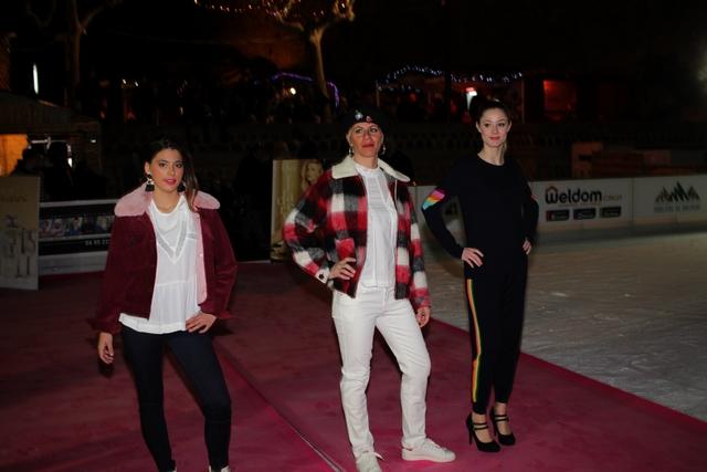 Tapis rouge à la patinoire de Calvi pour le défilé de mode des commerçants