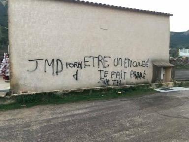 Tags injurieux de Galeria: communiqués de soutien pour Jean-Marie Dominici