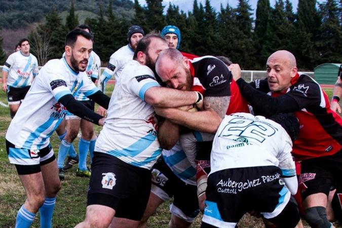 Rugby : Le RC Ajaccio s'enflamme contre Pierrefeu
