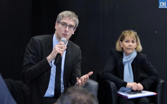 Olivier Noblecourt délégué interministériel à la prévention et la lutte contre la pauvreté aux coté de la préfète de Corse / Photo Michel Luccioni