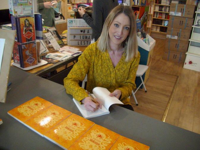 Cécilia Castelli a présenté son 1er roman à la librairie  «A Piuma Lesta» à Bastia