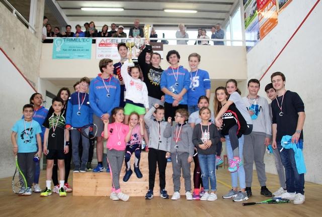 Championnats de Corse squash jeunes : Tristan Mebarek et  Lily Romieu (Ile-Rousse) au sommet