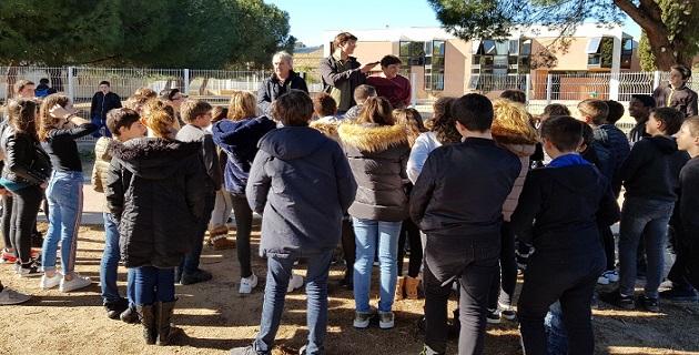 Les élèves du LP Jules Antonini entourés des élèves de 5ème du collège de Baléone